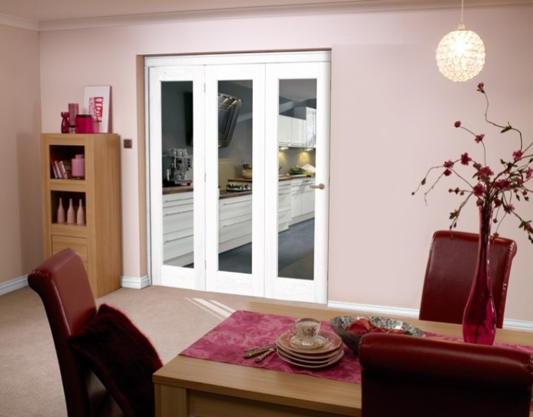 Bifold doors on carpet